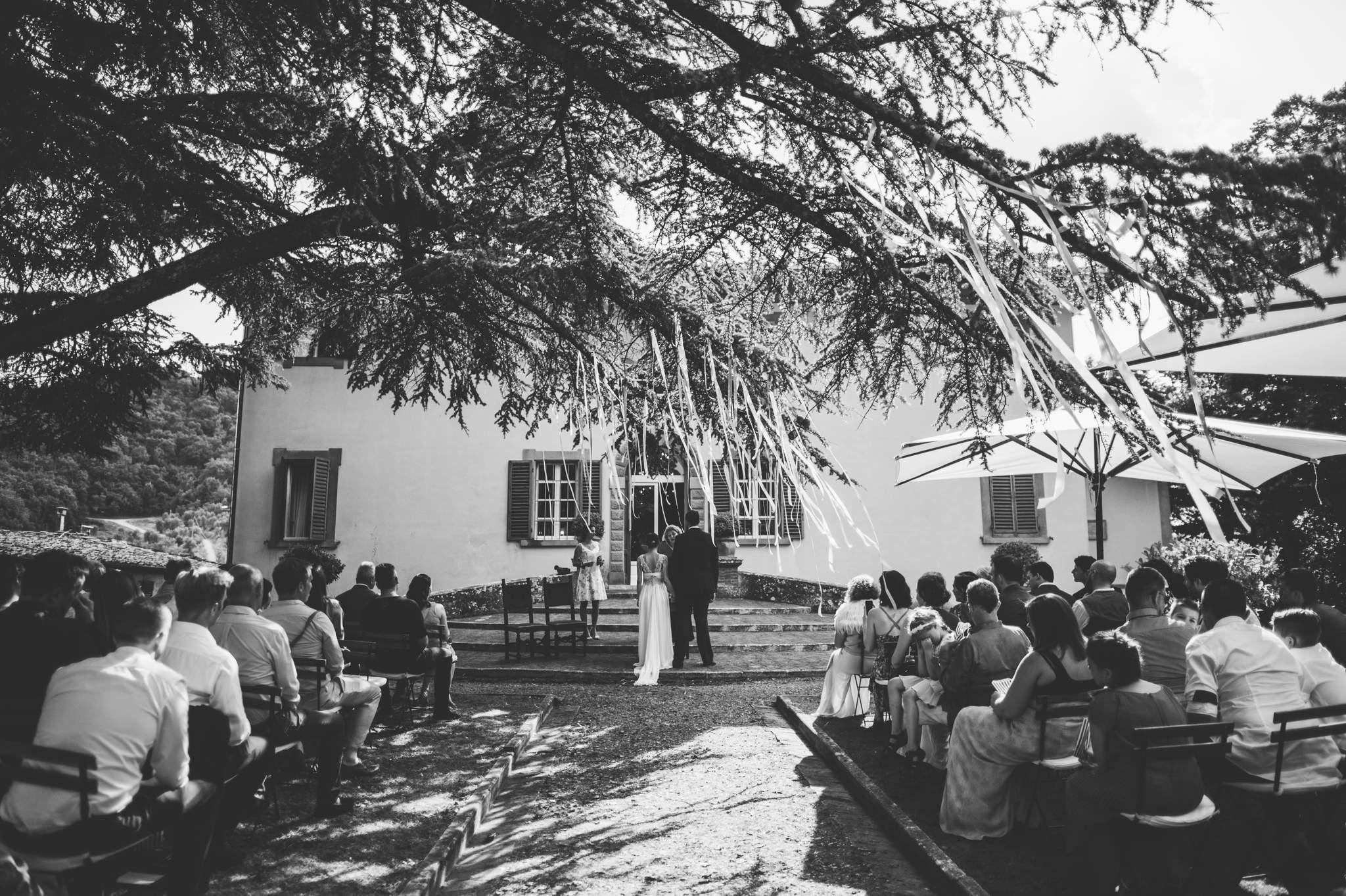13wedding-photographer-villa-petrolo