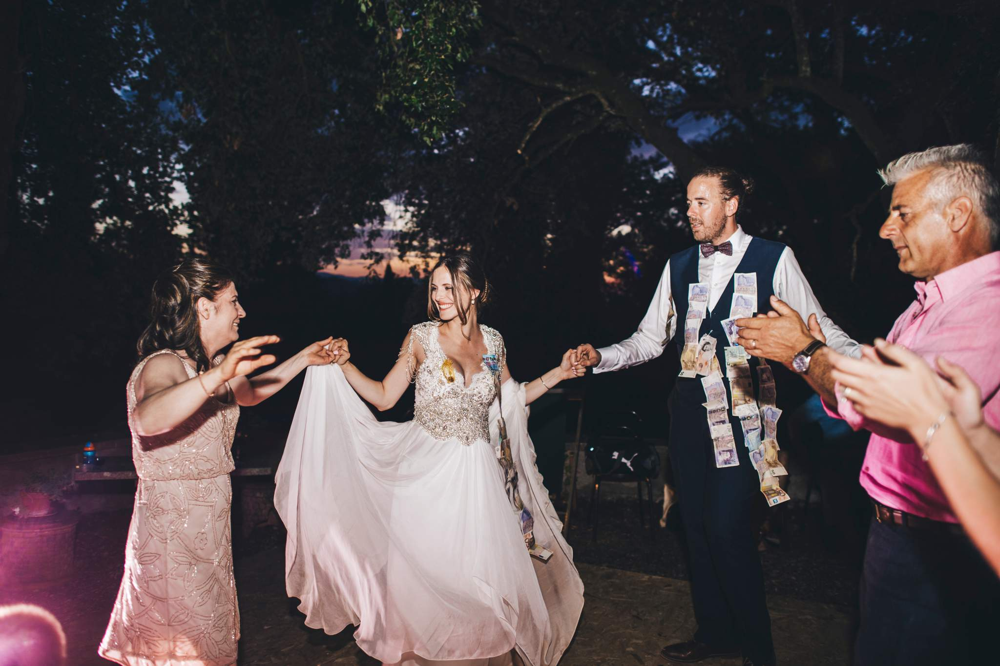 40wedding-photographer-villa-petrolo